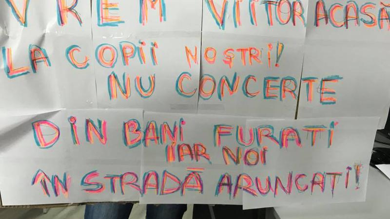 protest la locul de muncă1 | Sursa: Facebook/Taniusha Bulicanu