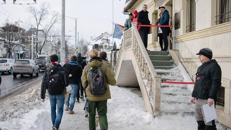 Occupy Guguță la CEC   Sursa: facebook.com/occupyguguta
