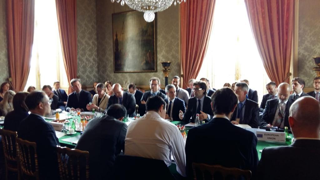Popescu diplomați